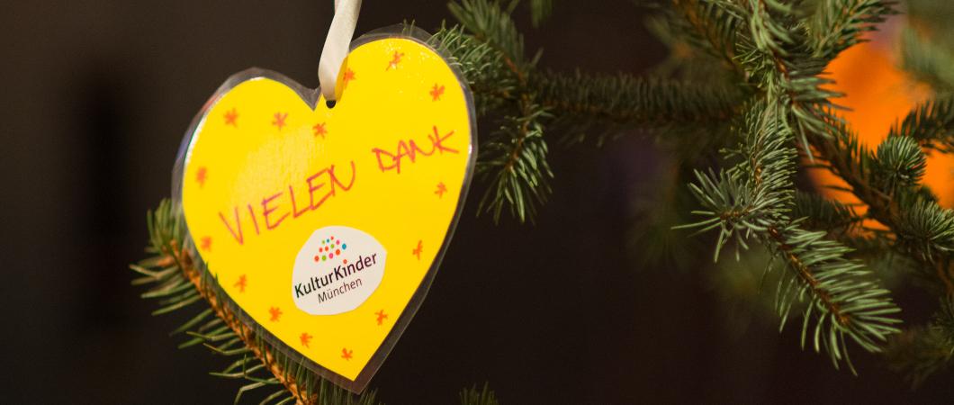 Schwabinger-Weihnachtsmarkt-Foto-Thomas-Giessner