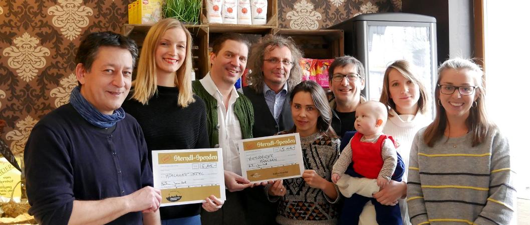 Weihnachtsgschicht_Spendenübergabe_Presse_KulturRaum